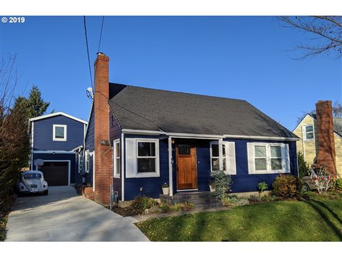 Photo of 3553 SE LONG ST, Portland, OR 97202 (MLS # 19464605)