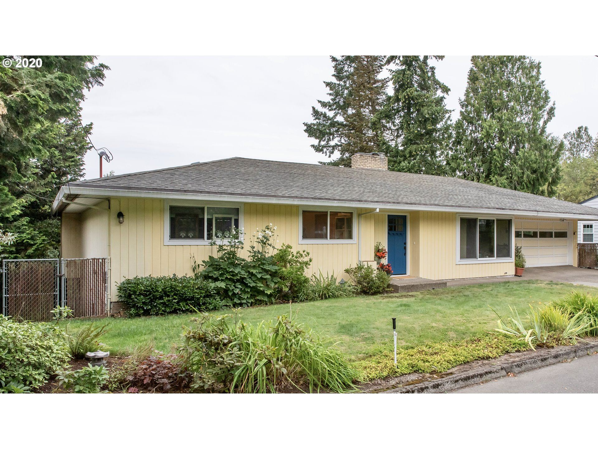8821 SW 57TH AVE, Portland, OR 97219 - MLS#: 20654605