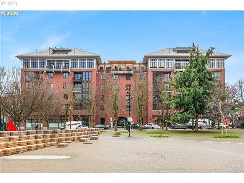 Photo of 1030 NW JOHNSON ST #420, Portland, OR 97209 (MLS # 21112607)