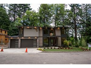 Photo of 13366 BRIARWOOD LN, Lake Oswego, OR 97034 (MLS # 19518608)