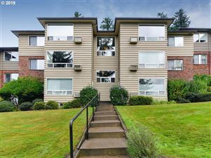 Photo of 8410 SW CANYON LN 4 #4, Portland, OR 97225 (MLS # 19562609)