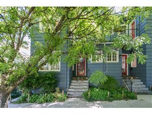 Photo of 1418 SE 30TH AVE, Portland, OR 97214 (MLS # 19685609)