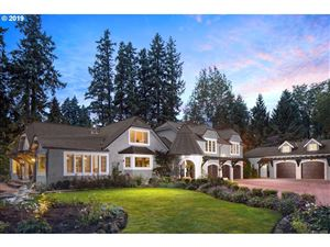 Photo of 6720 CHILDS RD, Lake Oswego, OR 97035 (MLS # 19610611)
