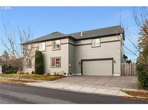 Photo of 13319 SW NICOLE LN, Tigard, OR 97224 (MLS # 19235614)