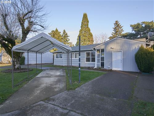 Photo of 2300 SE 145TH AVE, Portland, OR 97233 (MLS # 19665614)