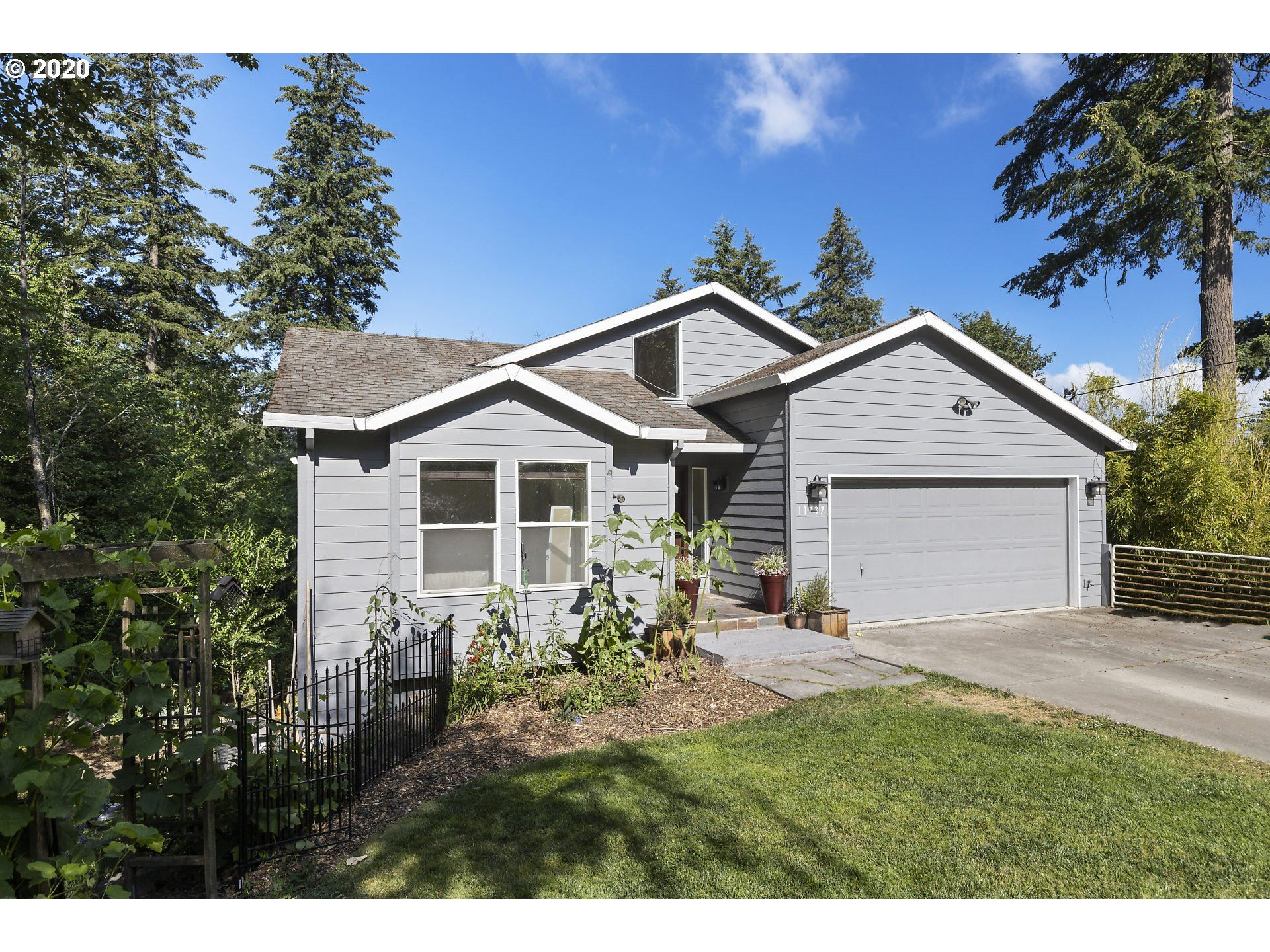 11737 SW 47TH AVE, Portland, OR 97219 - MLS#: 20419616
