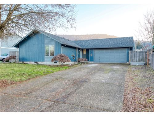 Photo of 7143 A ST, Springfield, OR 97478 (MLS # 20498618)