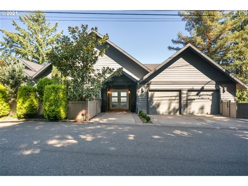 Photo of 636 NW MACLEAY BLVD, Portland, OR 97210 (MLS # 21324618)