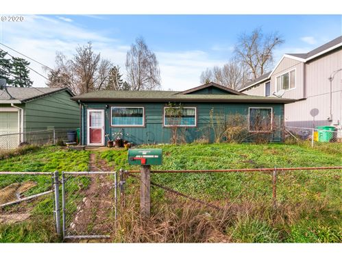 Photo of 9805 N CLARENDON AVE, Portland, OR 97203 (MLS # 19065620)
