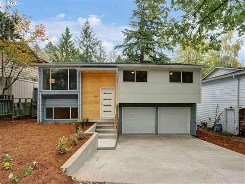 Photo of 3614 SW NEVADA ST, Portland, OR 97219 (MLS # 20504620)