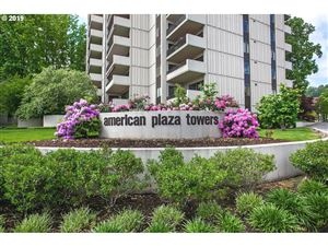 Photo of 2211 SW 1ST AVE 1403 #1403, Portland, OR 97201 (MLS # 19261621)