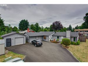 Photo of 2328 SE 110TH AVE, Portland, OR 97216 (MLS # 19670622)
