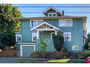 Photo of 2634 SE YAMHILL ST, Portland, OR 97214 (MLS # 19195624)