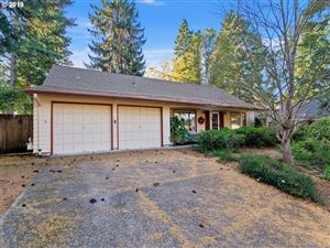 Photo of 12820 SW 22ND ST, Beaverton, OR 97008 (MLS # 19290625)