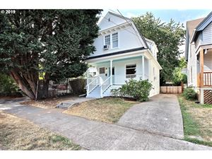 Photo of 1821 NW 23RD PL, Portland, OR 97210 (MLS # 19689626)