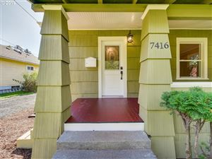 Photo of 7416 N SENECA ST, Portland, OR 97203 (MLS # 19100629)