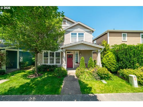 Photo of 4925 N HUDSON ST, Portland, OR 97203 (MLS # 20318630)