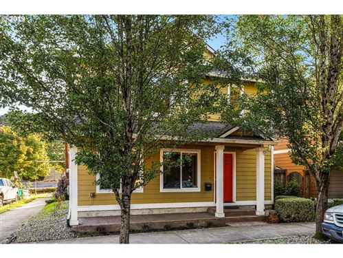 Photo of 5606 SE 22ND AVE, Portland, OR 97202 (MLS # 19668631)