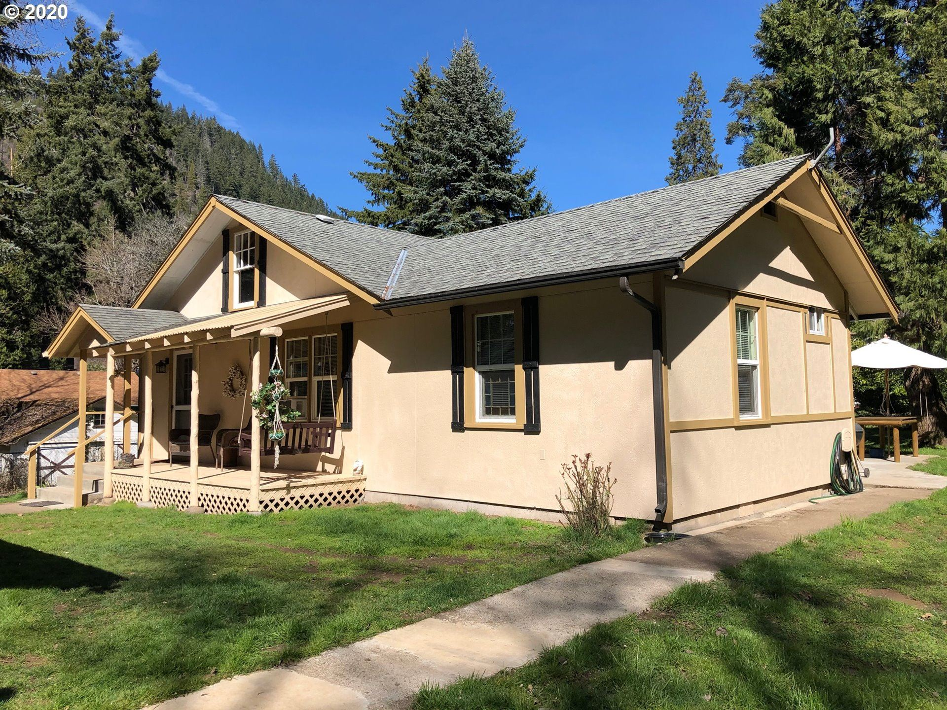 Photo for 47362 2ND ST, Westfir, OR 97492 (MLS # 20122633)