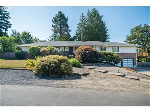 Photo of 6142 SW HUBER ST, Portland, OR 97219 (MLS # 19041636)
