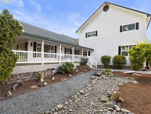 Photo of 34121 E CLOVERDALE RD, Creswell, OR 97426 (MLS # 21650637)