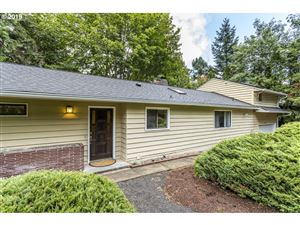 Photo of 9466 SW 62ND DR, Portland, OR 97219 (MLS # 19084640)