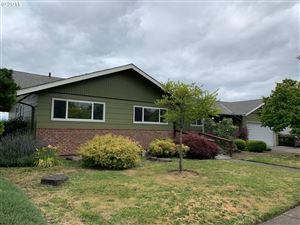 Photo of 12531 NE ROSE PKWY, Portland, OR 97230 (MLS # 19441640)