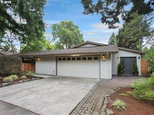 Photo of 10990 SW BUTNER RD, Portland, OR 97225 (MLS # 19621641)