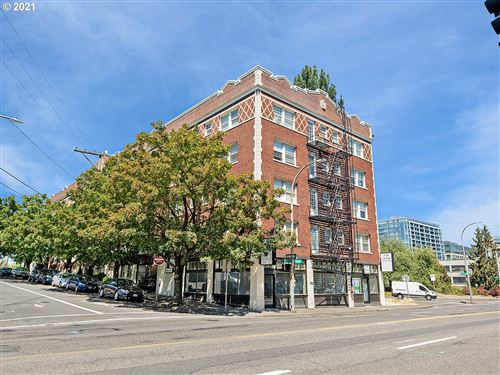 Photo of 20 NW 16TH AVE #202, Portland, OR 97209 (MLS # 21193642)