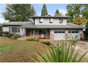 Photo of 11655 SW TIMBERLINE DR, Beaverton, OR 97008 (MLS # 19678645)
