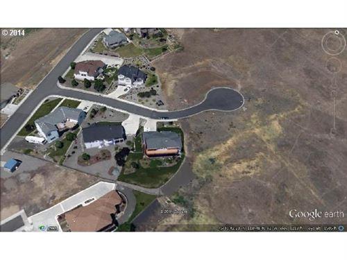 Photo of 701 NW Ingram, Pendleton, OR 97801 (MLS # 14205646)