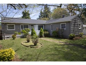 Photo of 3906 SE 101ST AVE, Portland, OR 97266 (MLS # 19217648)