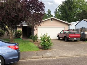 Photo of 620 SE RUMMEL ST, McMinnville, OR 97128 (MLS # 19535648)