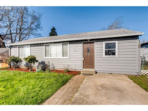 Photo of 1904 W 27TH ST, Vancouver, WA 98660 (MLS # 20192648)