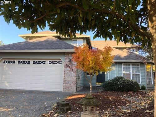 Photo of 16349 SW 107TH CT, Tigard, OR 97224 (MLS # 19305654)