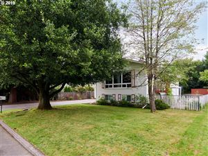 Photo of 11006 SE PINE CT, Portland, OR 97216 (MLS # 19211655)