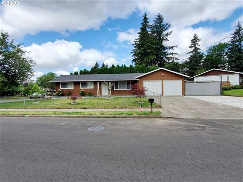 Photo of 1611 SE 141ST AVE, Portland, OR 97233 (MLS # 20327656)