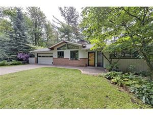 Photo of 746 SW WESTWOOD DR, Portland, OR 97239 (MLS # 19178658)