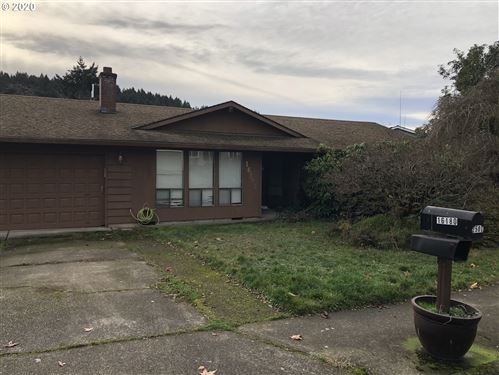Photo of 16180 SW AUTUMN DR, Beaverton, OR 97007 (MLS # 20687660)