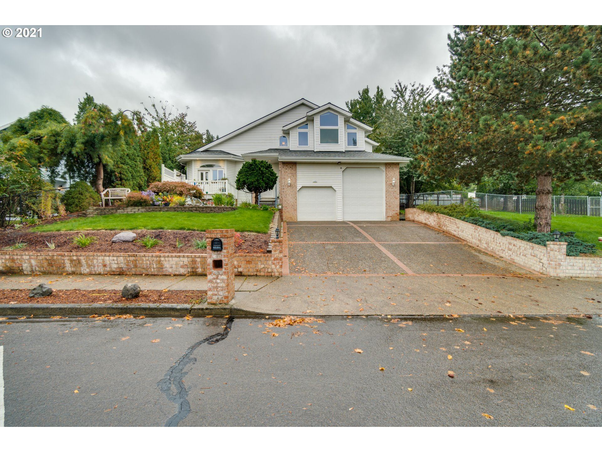 1330 SW 12TH ST, Troutdale, OR 97060 - MLS#: 21431661