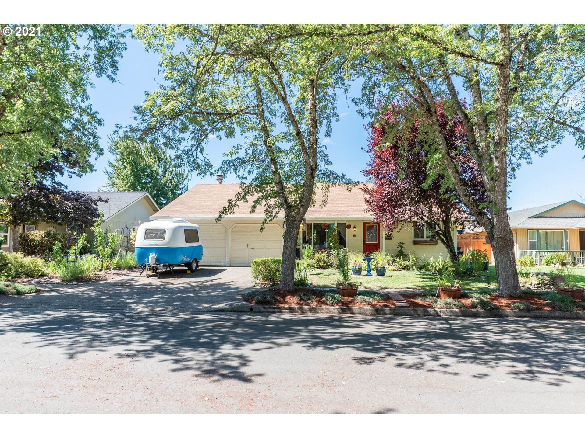 384 S 48TH ST, Springfield, OR 97478 - MLS#: 21541661