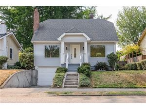 Photo of 7325 SE 22ND AVE, Portland, OR 97202 (MLS # 19159662)
