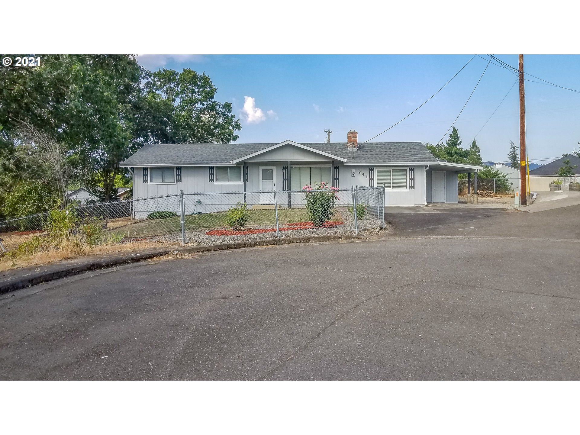 241 SE HUNGERFORD LN, Winston, OR 97496 - MLS#: 21219662