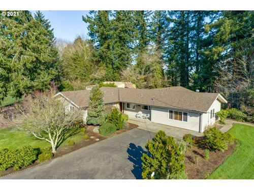 Photo of 3856 NE GRANDHAVEN DR, McMinnville, OR 97128 (MLS # 21344663)