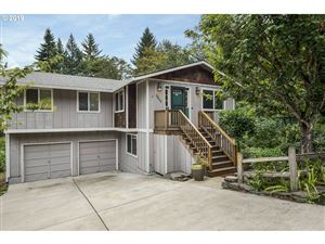 Photo of 19422 VIEW DR, West Linn, OR 97068 (MLS # 19474665)