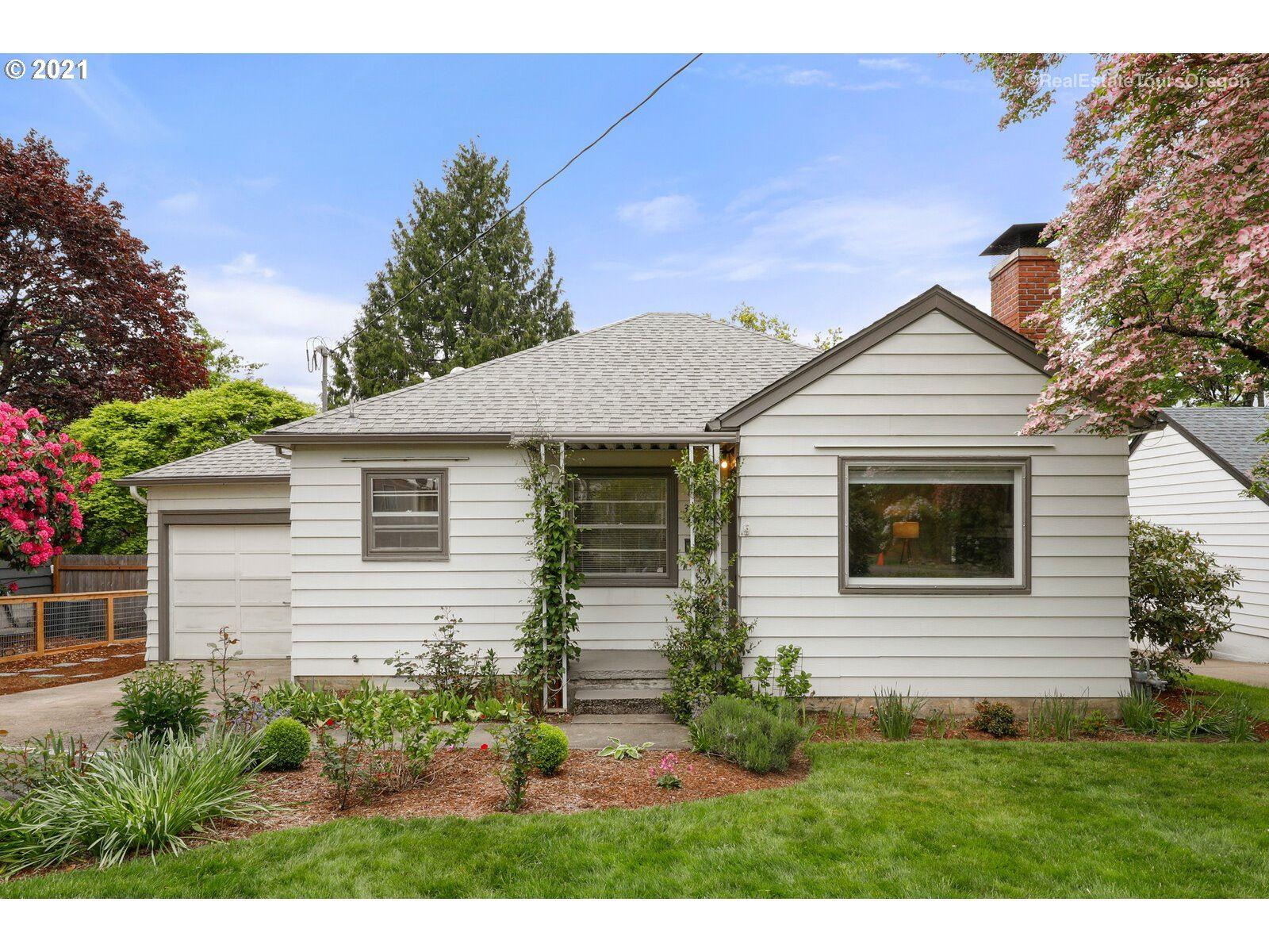 3221 SW PRIMROSE ST, Portland, OR 97219 - MLS#: 21583666