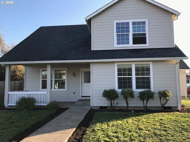 Photo for 925 W OREGON AVE, Creswell, OR 97426 (MLS # 19527670)