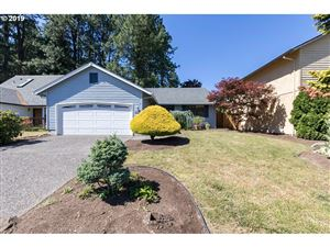 Photo of 17475 SW BEAVER CT, Beaverton, OR 97003 (MLS # 19011671)