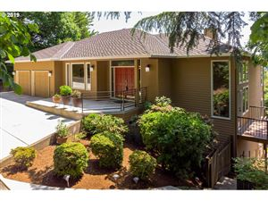 Photo of 11 SW 68TH AVE, Portland, OR 97225 (MLS # 19286671)
