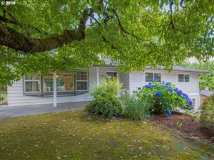 Photo of 1307 NE 155TH AVE, Portland, OR 97230 (MLS # 19495671)